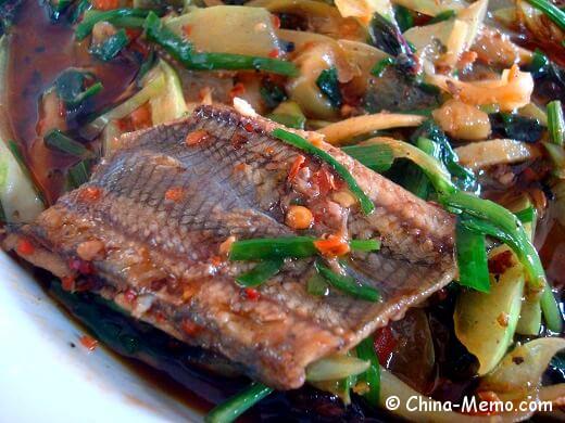 China Hunan Farmhouse Cooked Eels.