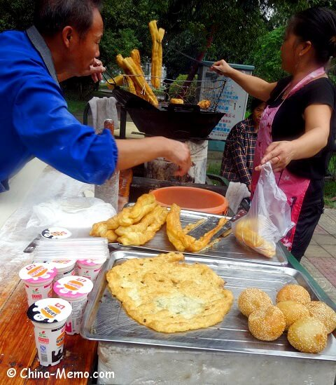 China Local Food Street Market Breakfast You Tiao
