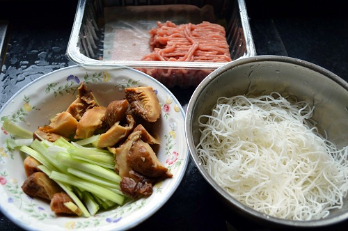Chinese Pork Mince, Rice noodle and Soaked Mushrooms.