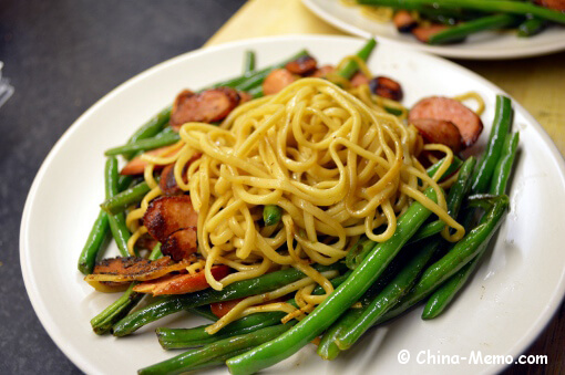 Chinese Noodle Fried with Green Beans & Smoked Sausages.