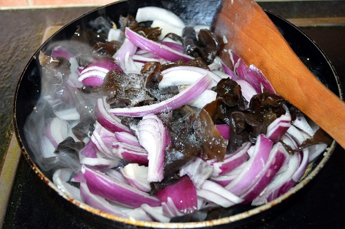 Chinese Fried Onion& Wood Ear