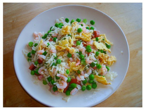 Chinese Food Egg Fried Rice with Prawn and Green Peas.
