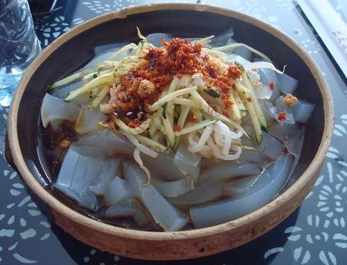 Yunnan style mung bean jelly.