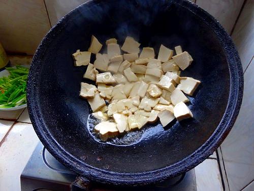 Chinese Cumin Tofu Fry.