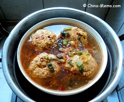 Chinese Lion Head Meatballs